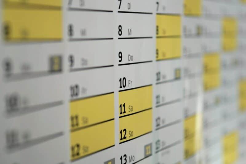 opțiuni calendarul se răspândește